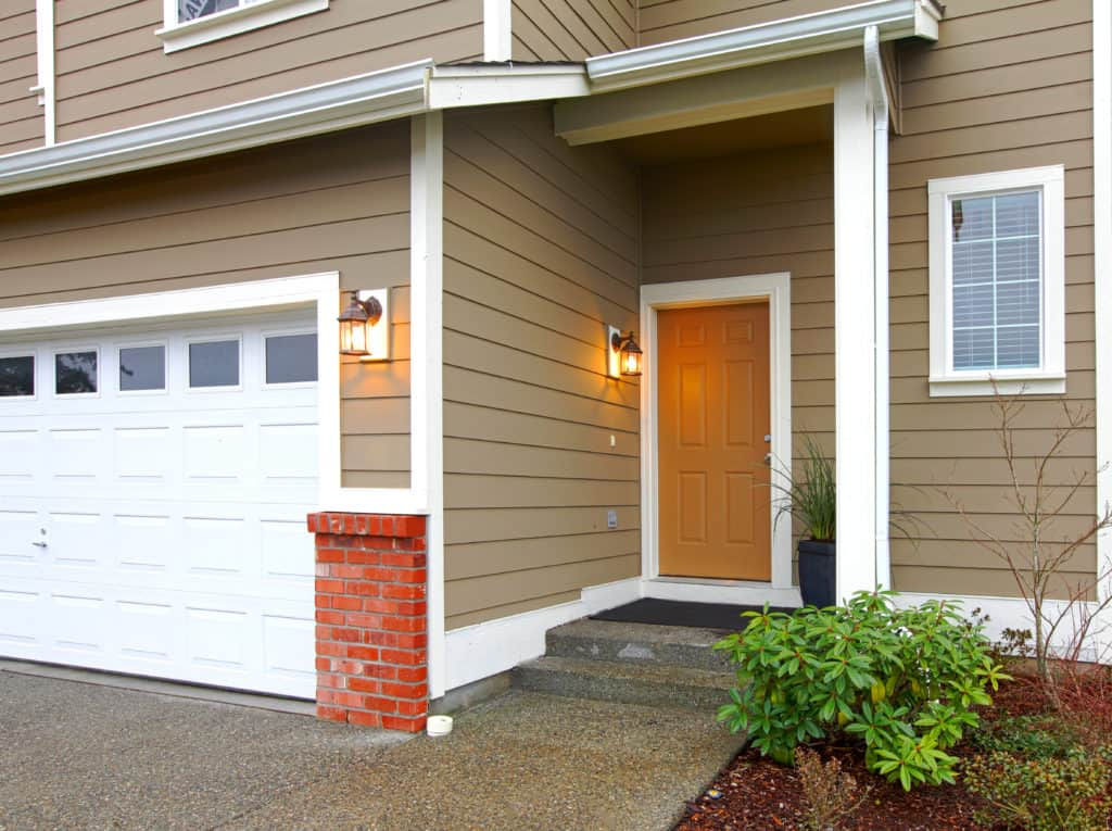 siding home entrance